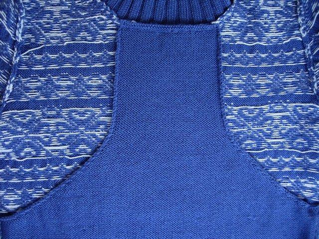 вязаный свитер для кормящей мамы