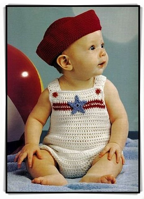 детский вязаный комбинезон