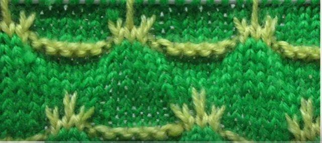 узор спицами двухцветный веточки цветочные мастер класс