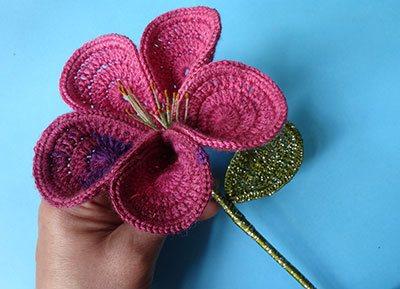 вязаный цветок лилия