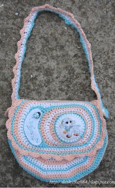 b3735ef8f02e Вязаные сумочки для девочек, и с овечкой есть | razpetelka.ru