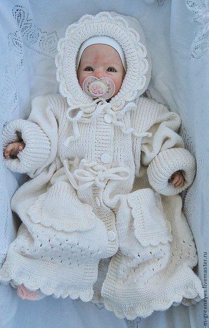 красивое вязаное пальто для маленькой девочки с описанием