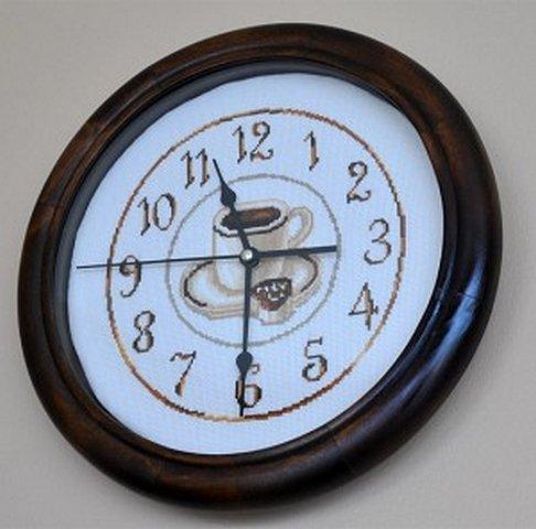 вышивка крестиком кофейное часы