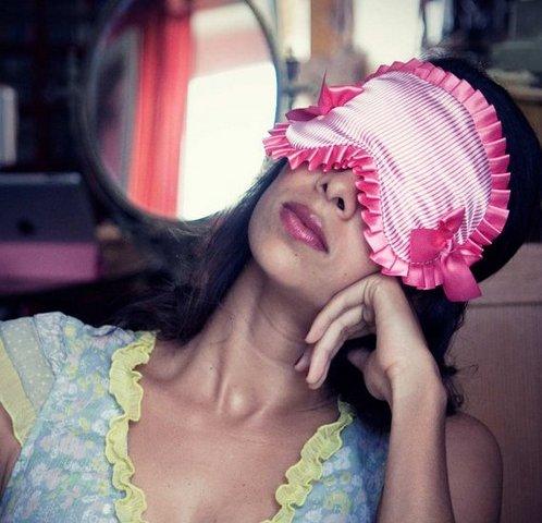 маски для сна поднимающие настроение Razpetelkaru